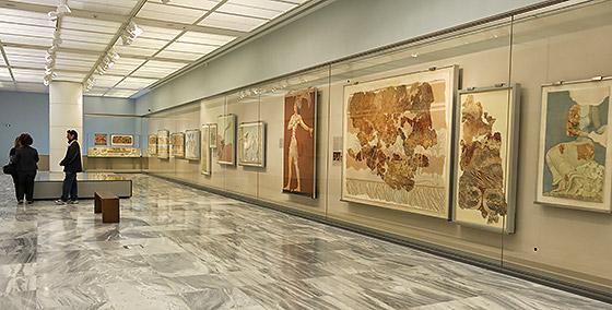 Heraklio center knossos archaelogical museum